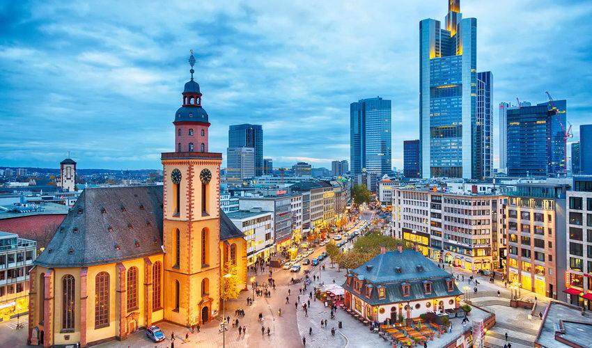 שוק חג המולד בפרנקפורט, גרמניה